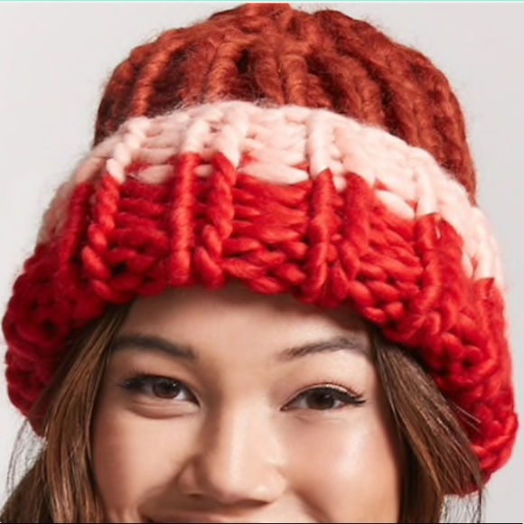 1ff3fd546 Forever 21 Chunky cable knit hat beanie Colorblock NWT